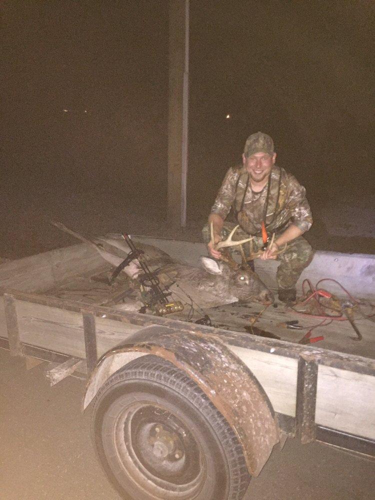 Stewart's Archery: 13627 Old State Rd, Charleston, IL