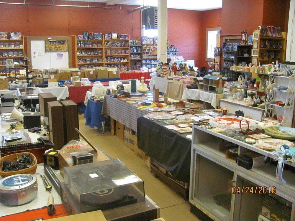The Stuff Store: 301 Filbert St, Curwensville, PA