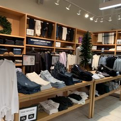 826c041630f43 J.Crew Factory - 12 Photos & 14 Reviews - Men's Clothing - One Mills ...