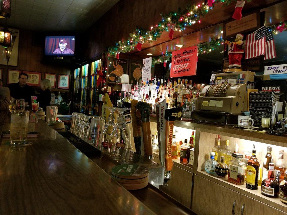 617 Bar: 2185 4th St, White Bear Lake, MN
