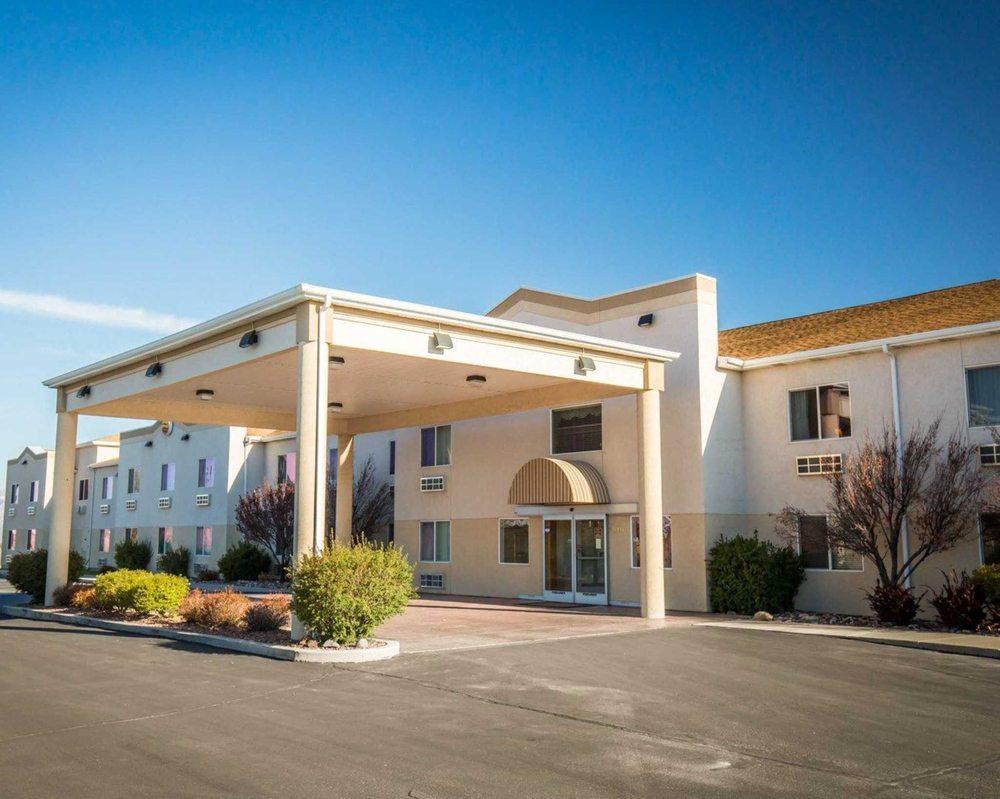 Comfort Inn & Suites Beaver - Interstate 15 North: 1540 S Main St, Beaver, UT