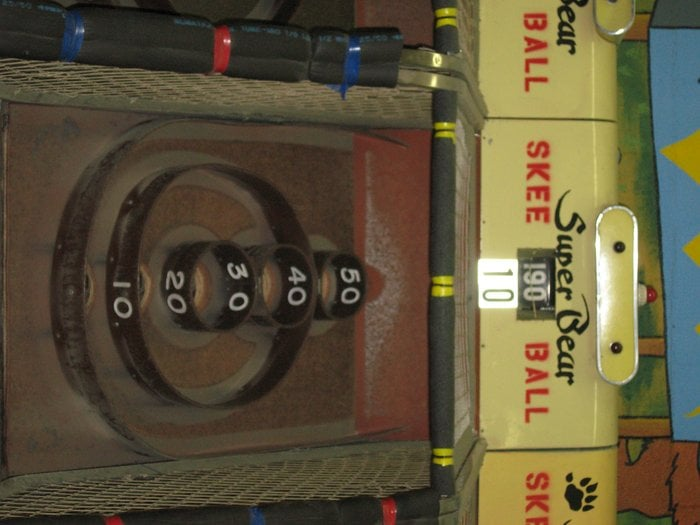 super bear arcade ferm salle de jeux d 39 arcade 40755 village dr big bear lake ca tats. Black Bedroom Furniture Sets. Home Design Ideas