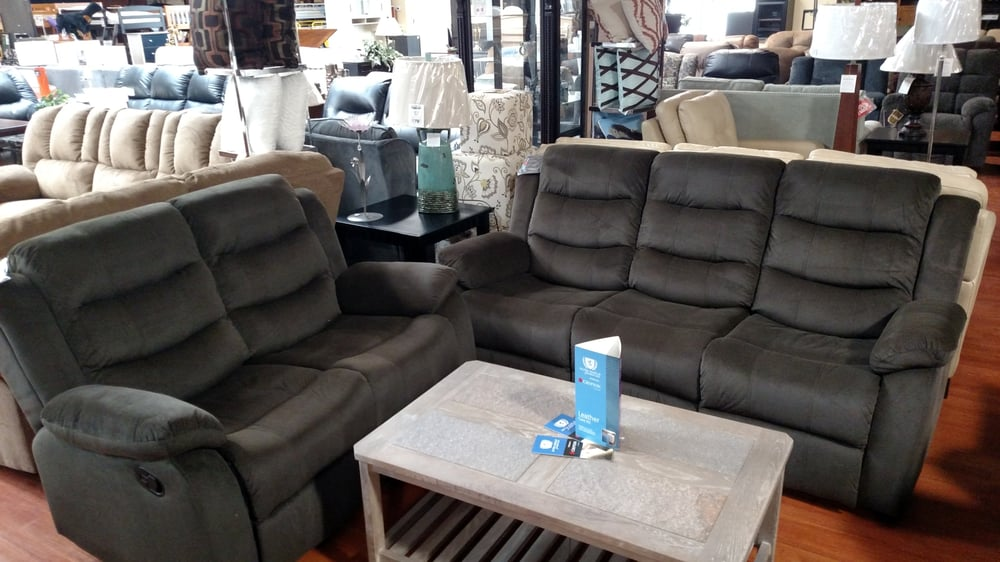 Solomon's Furniture: 655 Cheshire Rd, Lanesborough, MA