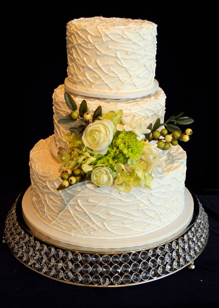 Buttercream Wedding Cakes & Desserts St Paul - Order Food Online ...