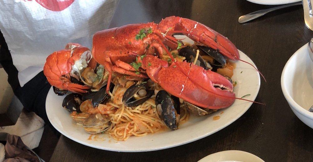 Sam's Lobster Fest: 470 Capistrano Rd, Half Moon Bay, CA