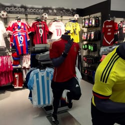 adidas village employee store 96 photos 147 reviews sports wear 5055 n greeley ave. Black Bedroom Furniture Sets. Home Design Ideas
