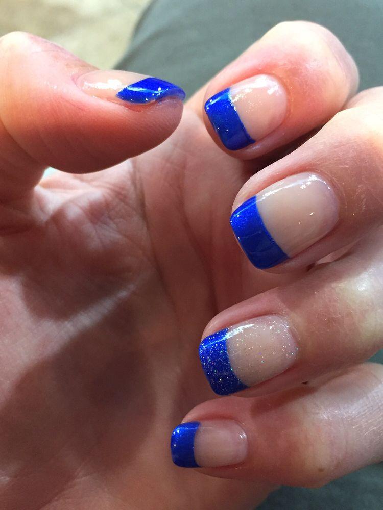 Professionail 14 photos nail salons 837 e rollins rd for A q nail salon collinsville il