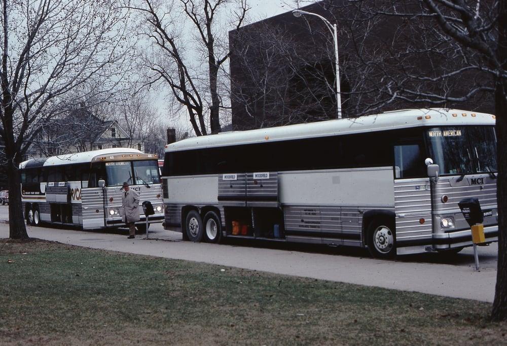 Suburban Express - CLOSED - 45 Photos & 118 Reviews - Buses