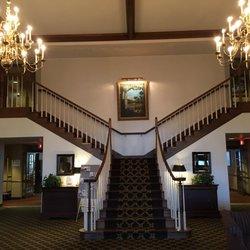 Holiday Inn Express & Suites Oshkosh-Sr 41 - 33 Photos & 12
