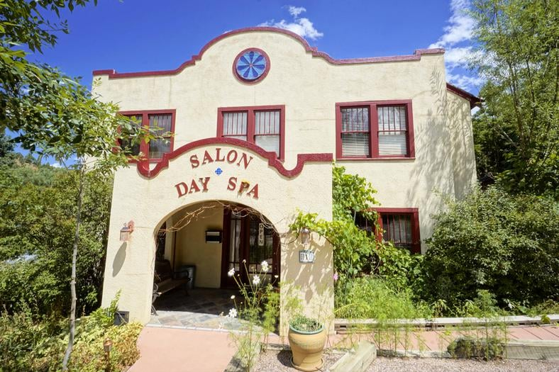 Heart of Manitou Salon and Spa: 1 Pawnee Ave, Manitou Springs, CO