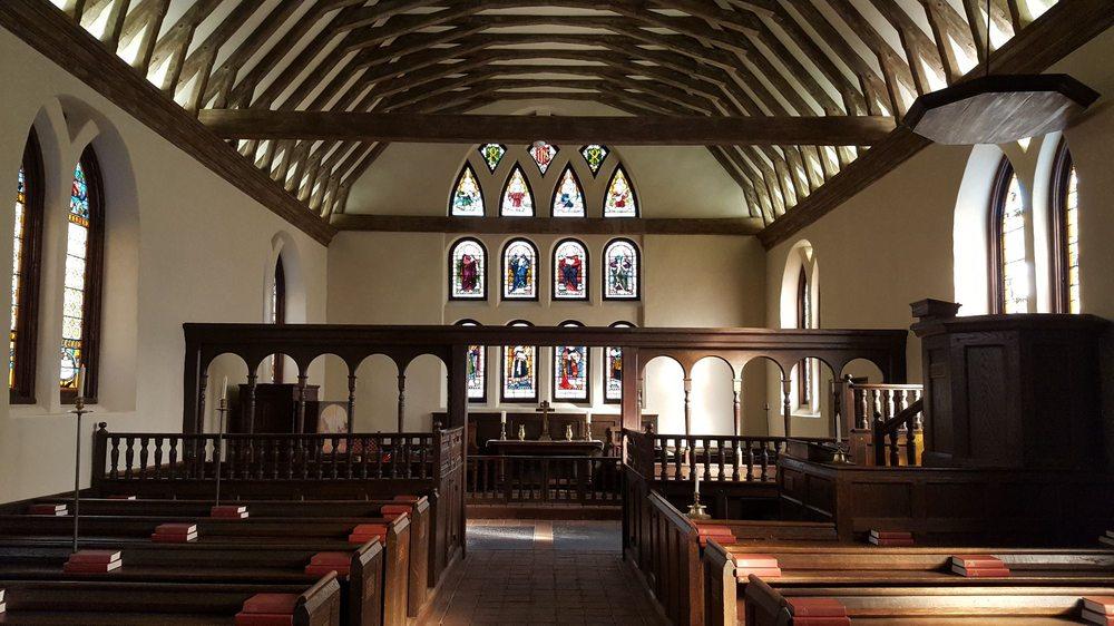 Historic St. Luke's Church: 14477 Benns Church Blvd, Smithfield, VA
