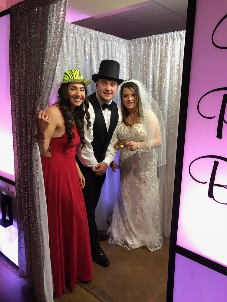 Your Photo Booth & Event Decor Rental: Irwin, PA