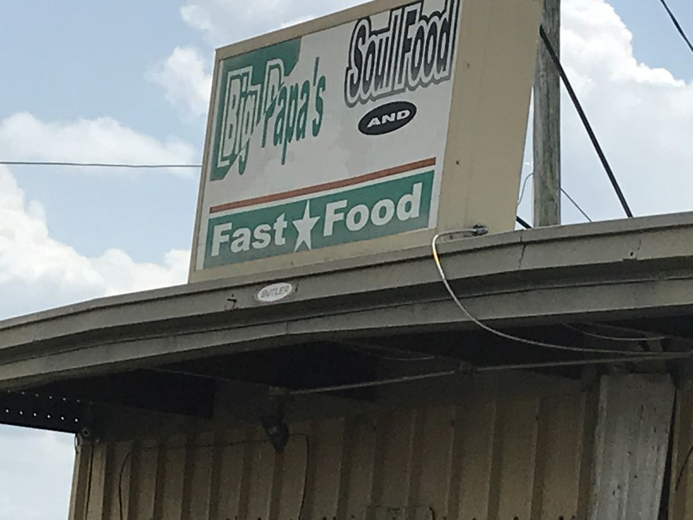 Big Papa's Soul Food & Fast: 217 Highway 49, Tutwiler, MS