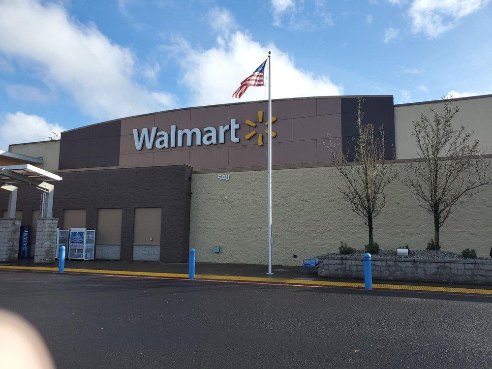Walmart Supercenter: 540 7th Ave, Longview, WA