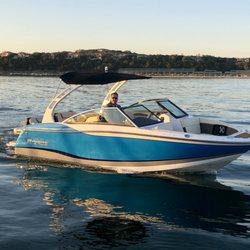 Freedom Boat Club - Boating - 105 Yacht Club Cv, Lakeway, TX