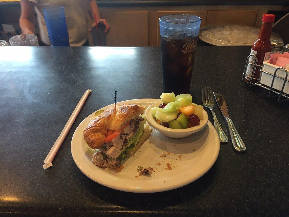 Antelope Hills Golf Course Restaurant