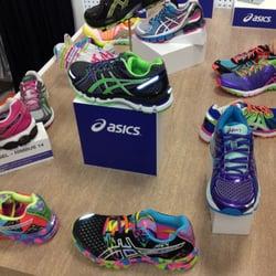 1cb46d9f754 Lady Foot Locker - Shoe Stores - F120 Woodfield Mall