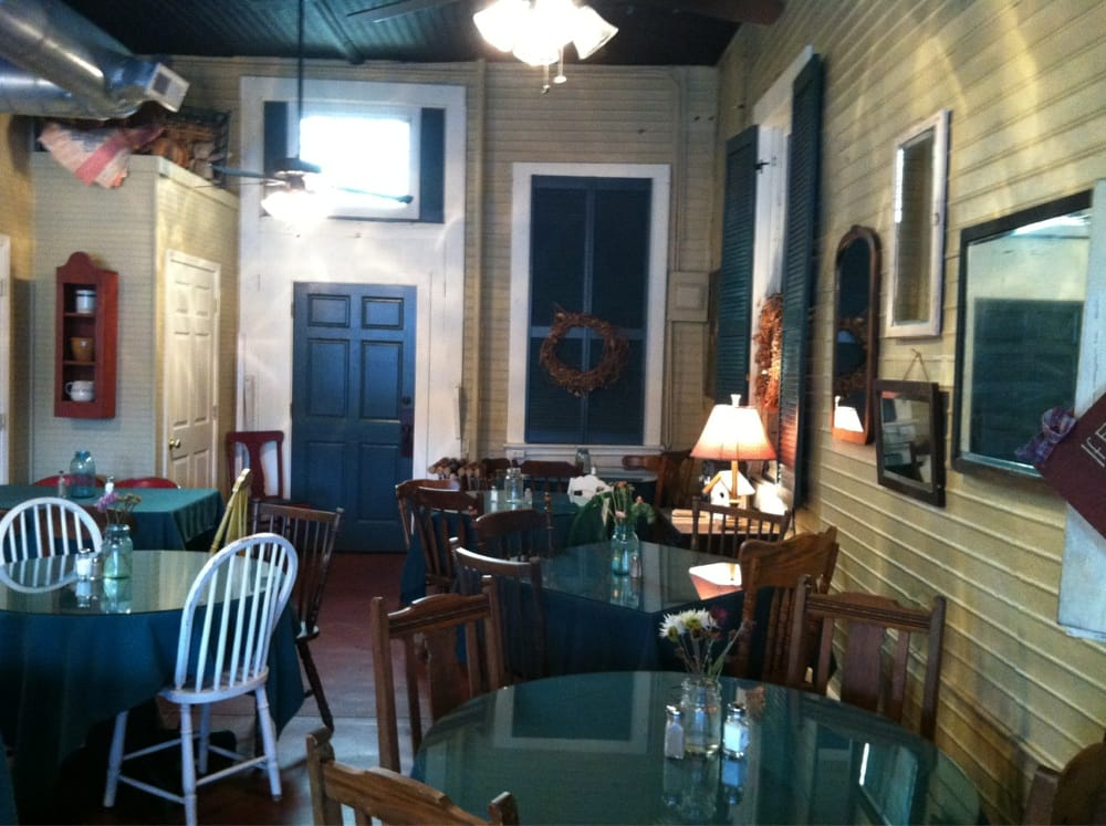 Talk of the Town: 105 S Main St, Abbeville, SC