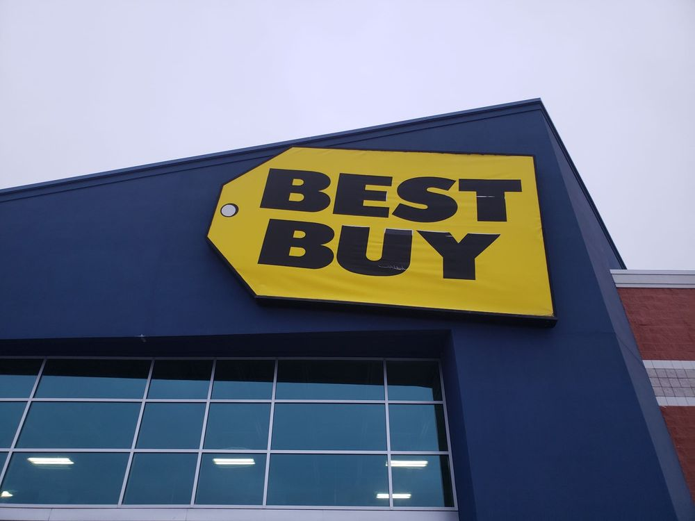 Best Buy Benton Harbor: 1515 Orchard Xing, Benton Harbor, MI