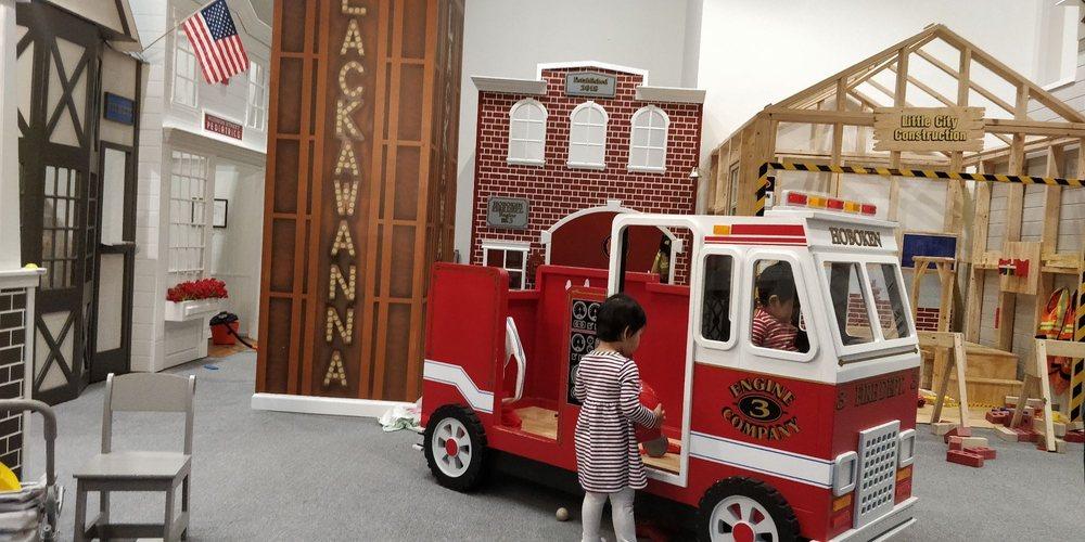 Little City Play: 1400 Hudson St, Hoboken, NJ