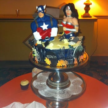 wonder woman wedding cake sugar bakery 82 photos amp 146 reviews bakeries 1884 27587