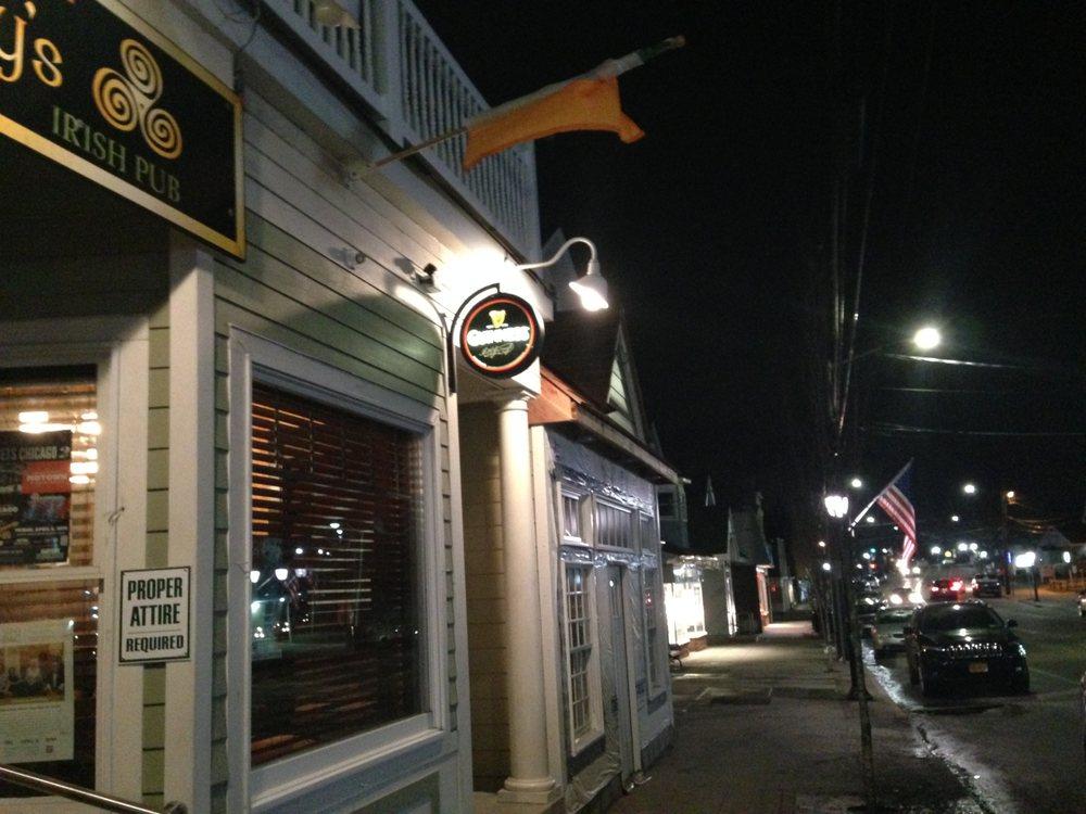Buckley's Irish Pub: 386 Montauk Hwy, Center Moriches, NY