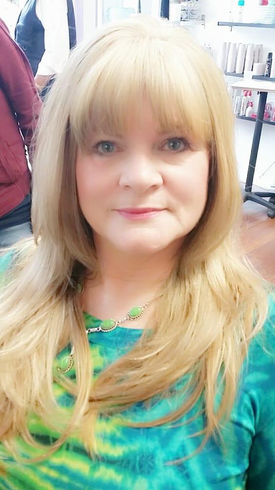 Massimo salon 24 avis coiffeurs salons de coiffure for Samantha oups au salon de coiffure