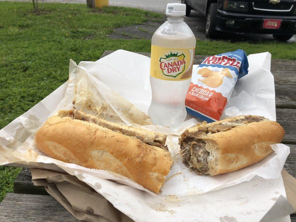 Casapulla's Elsmere Steak & Sub Shop: 514 Junction St, Wilmington, DE