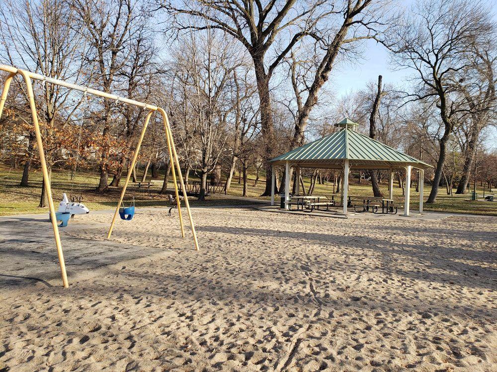 Pepperwood Park: 152011 Hamilton St, Omaha, NE