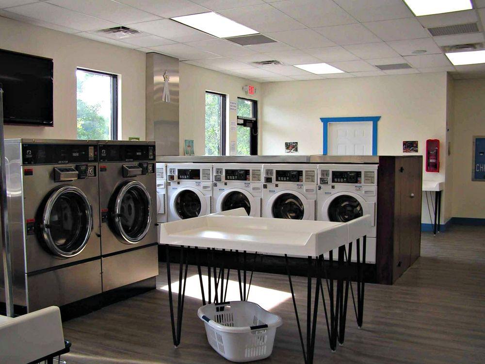 Mr Sock's Laundromat & Pet Wash: 1530 Railroad Ave, Rifle, CO