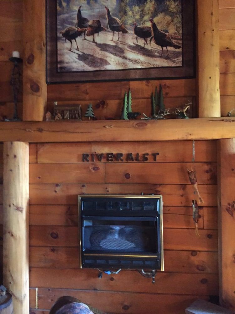Johnson's Rivermist Cabin: Hc 64 Box 2305, West Plains, MO