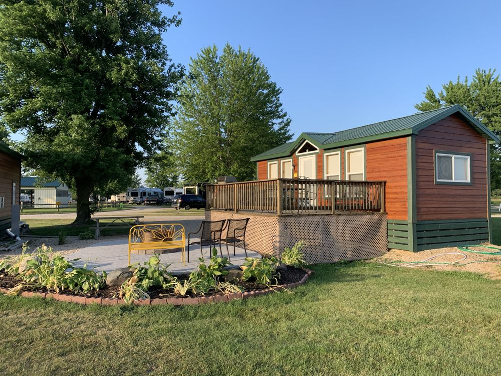 Madison Campground: 4859 County Rd V, DeForest, WI
