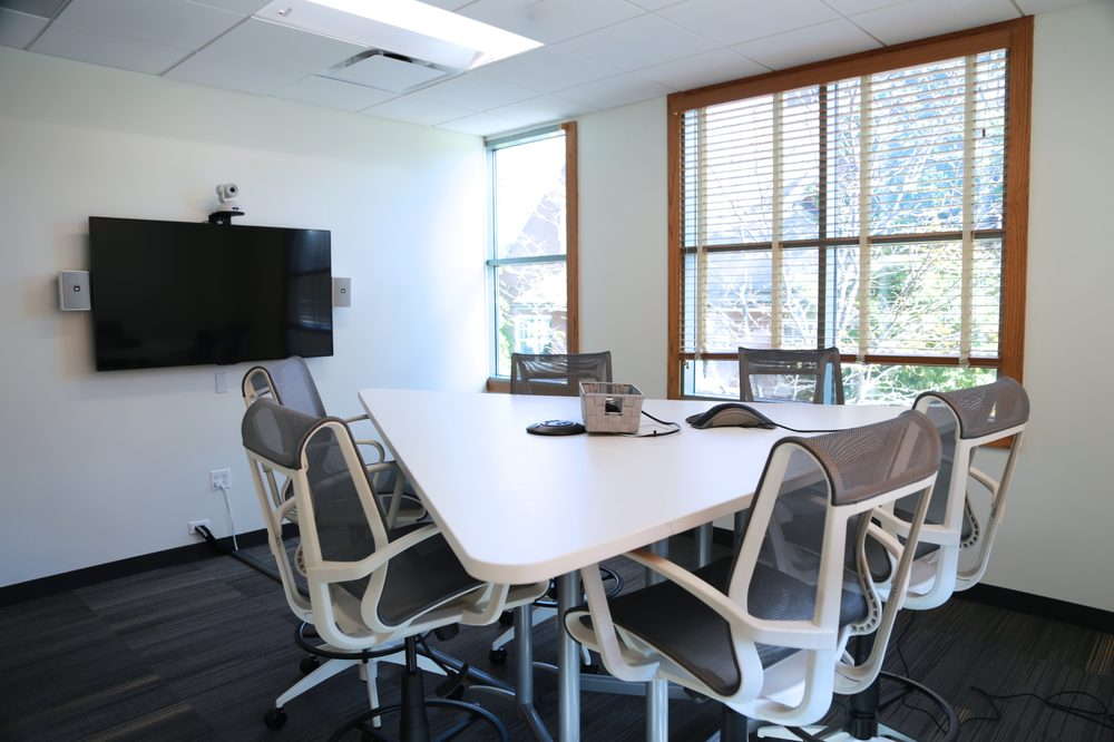 Lifeworking Coworking: 717 Forest Ave, Lake Forest, IL