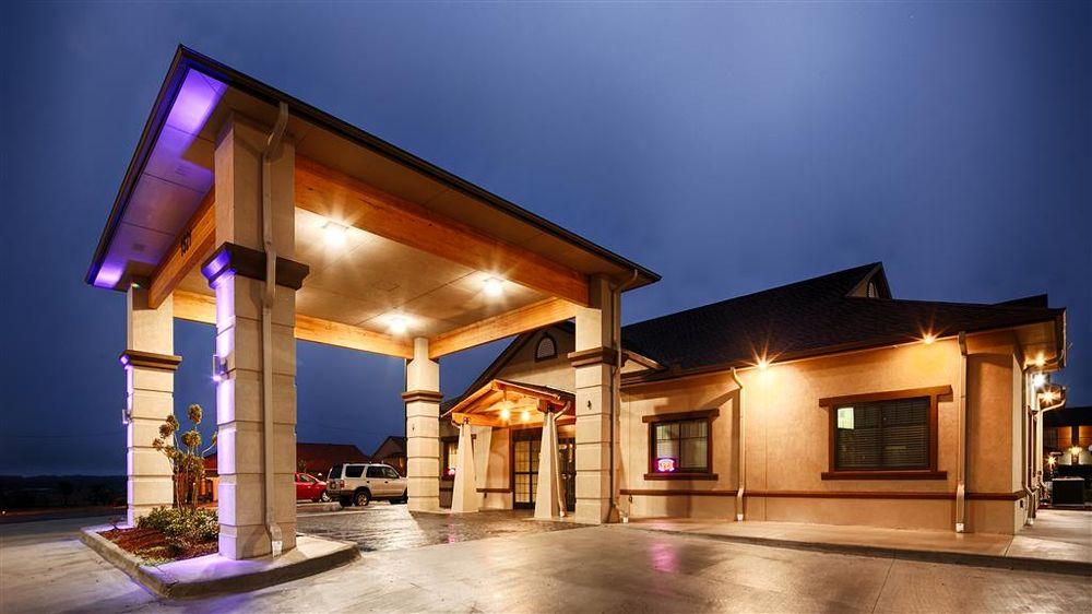 Best Western Trail Dust Inn & Suites: 1521 Shannon Rd E, Sulphur Springs, TX