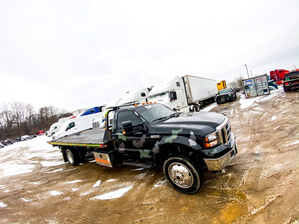 Towing business in Hanover Park, IL