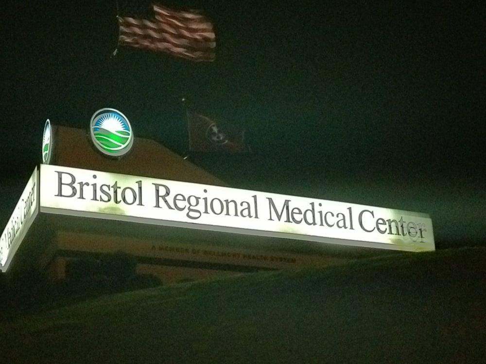 Medical Mall Pharmacy: 1 Medical Park Blvd, Bristol, TN