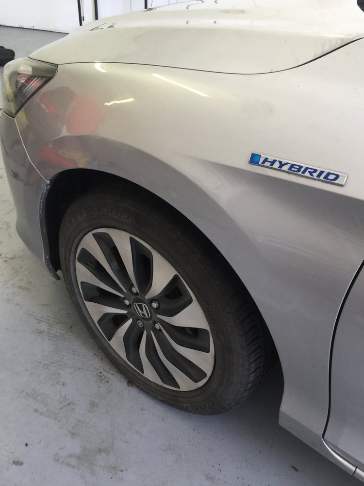 Modern Paintless Dent Removal: 845 NE Pop Tilton Pl, Jensen Beach, FL