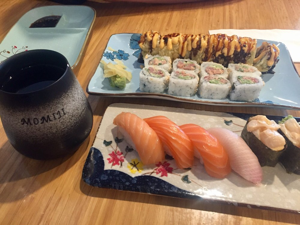 Momiji Sushi Bar and Restaurant: 1477 SE 1st Ave, Canby, OR