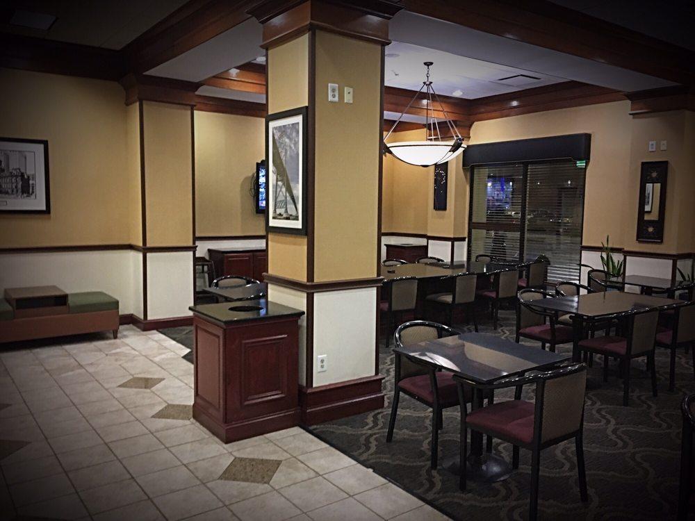Holiday Inn Express & Suites Detroit Downtown: 1020 Washington Blvd, Detroit, MI
