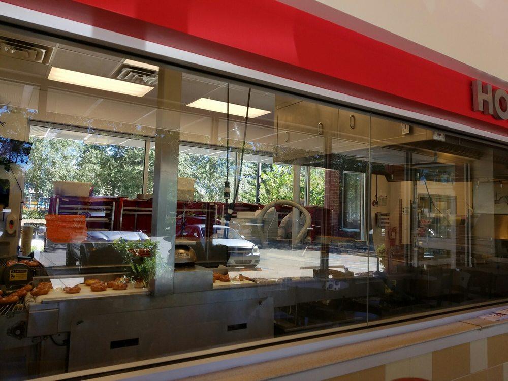 Krispy kreme doughnuts 42 photos 34 avis caf s et for La fenetre san jose