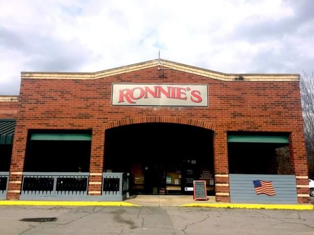 Ronnie's: 75 Wilson St, Andrews, NC