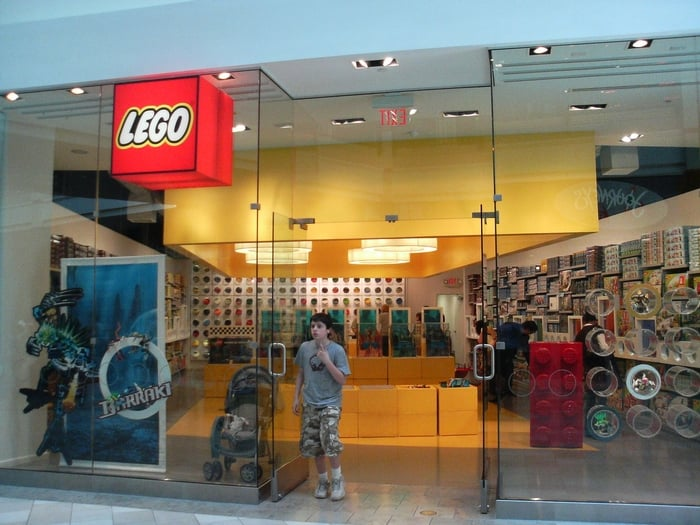 Find a LEGO Store near you and learn about exclusive promotions, events and hands-on play experiences.