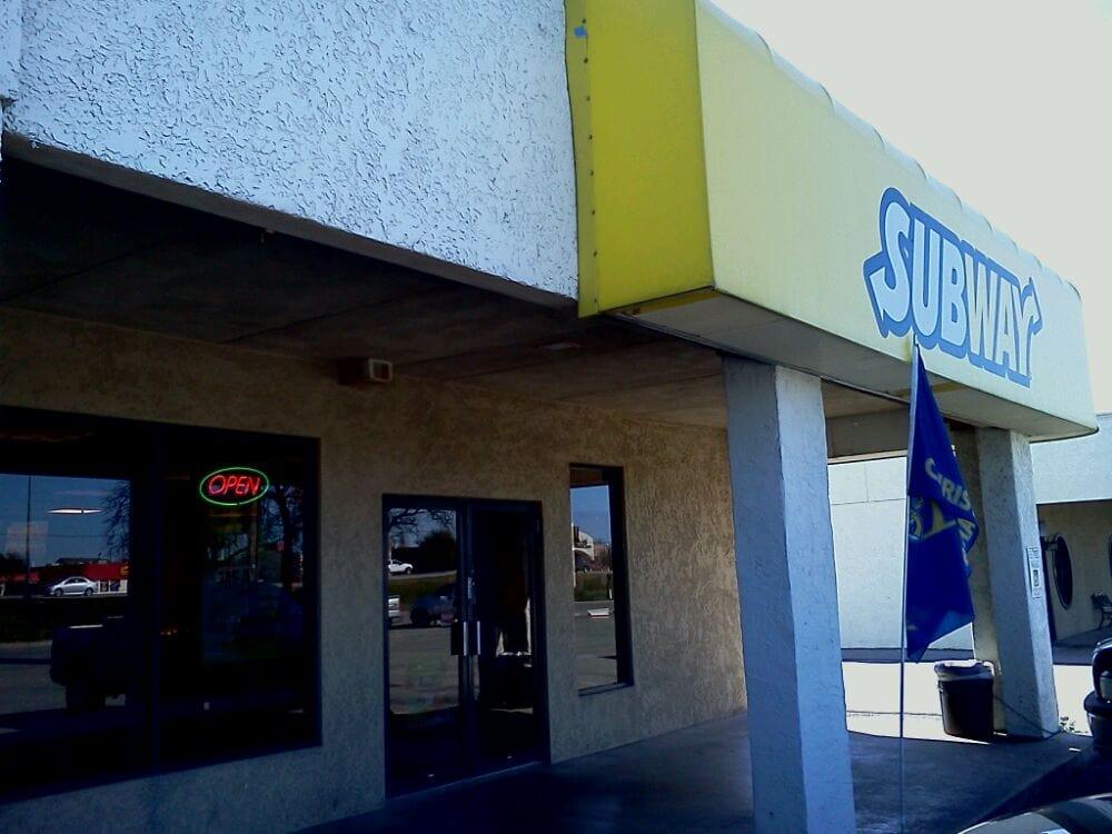 Granbury (TX) United States  City new picture : Subway Sandwiches 1317 N Plaza Dr, Granbury, TX, United States ...