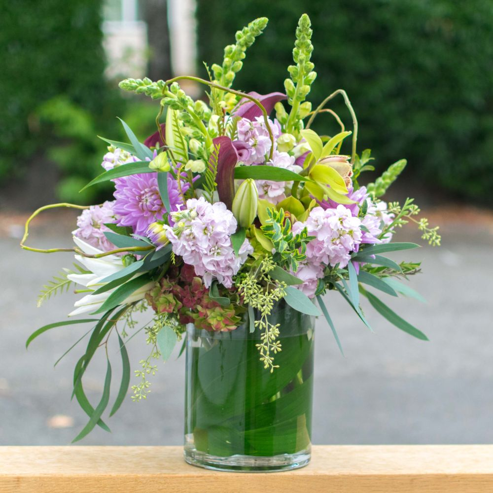 Redmond Floral: 14864 NE 95th St, Redmond, WA