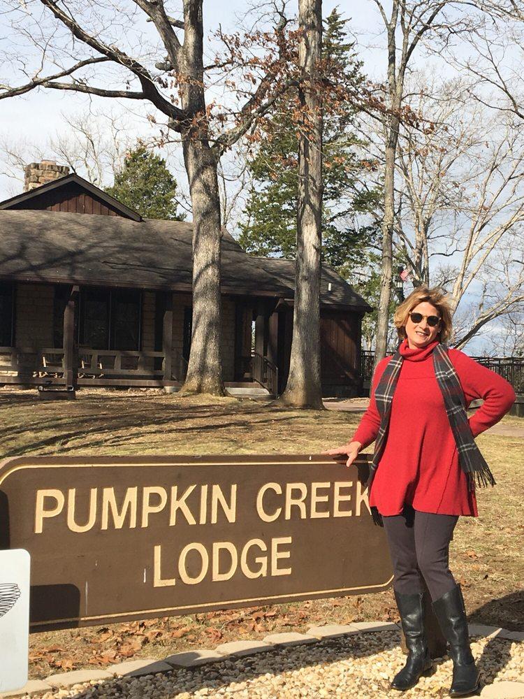 Lake Cumberland State Resort: 5465 State Park Rd, Jamestown, KY