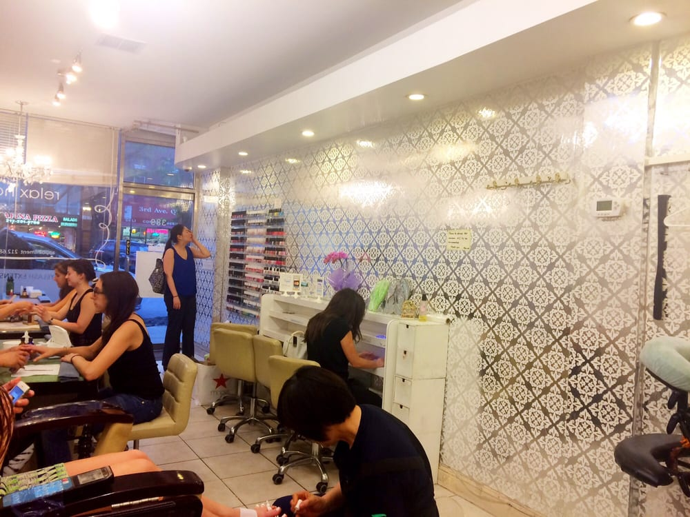 Relax nails 10 photos 31 reviews nail salons 389 for 3rd avenue salon