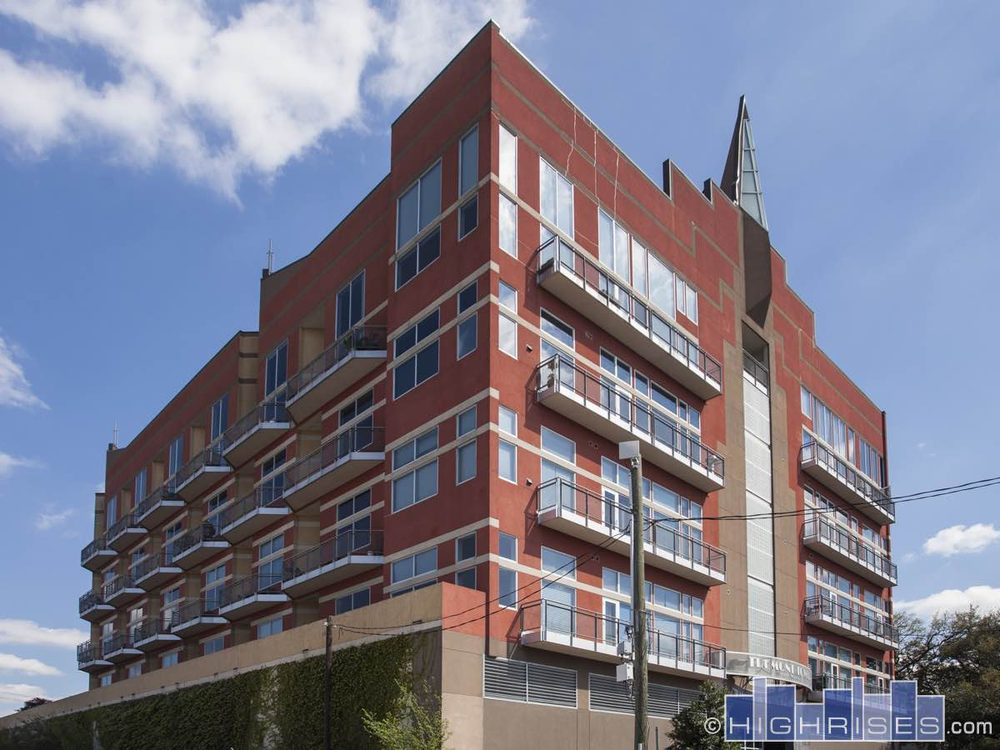 Tremont Tower Condominiums: 3311 Yupon St, Houston, TX