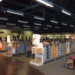 fe73b1af9ef2 DSW Designer Shoe Warehouse - CLOSED - 26 Photos   57 Reviews - Shoe ...