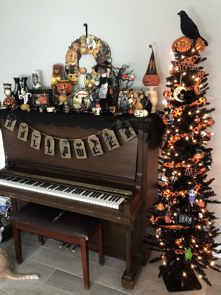 Gabriel's Christmas: 117 East Main St, Jonesborough, TN