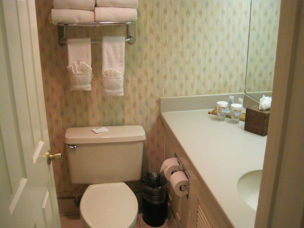 resort suites scottsdale az united states very small bathroom
